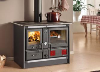 cuisiniere-a-bois-bouilleur-traditionnelle